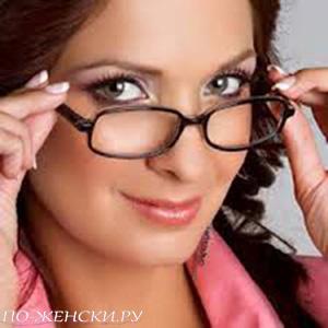 Макияж кто носит очки